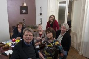 Irma de Carpentier 1e van links, Bert Moerkerk 2e van links, Janine Kroeze 3e van links, Joyce Ryken 4e van links.